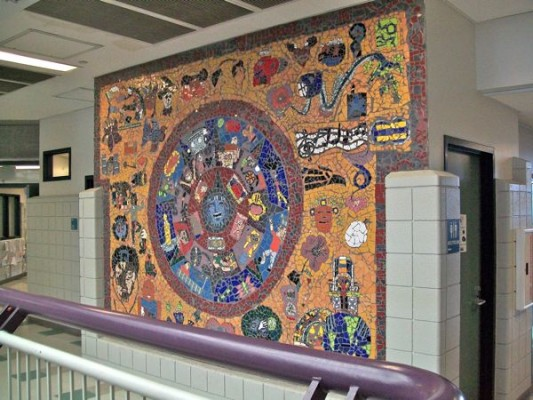 Horizonte School and Latinas Adelante – Mosaic Mural